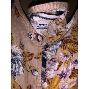American Eagle Outfitters Tops - Tan floral camisole